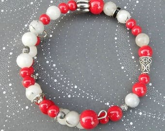 Beaded Bracelet with Memory Wire
