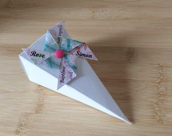 Cone with windmill favors/gift box