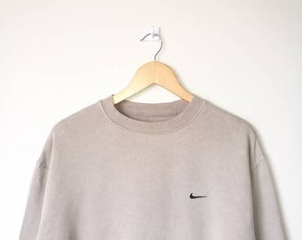 Vintage Nike Jumper Pullover Sweatshirt Nike Small Logo Streetwear Medium Size