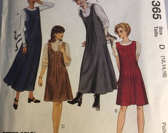 8365 McCall's Misses' Jumpers in Two Lengths Sizes 12-16