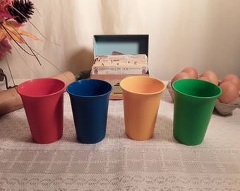 Vintage Tupperware Bell Tumblers Primary Colors # 109 - Set of Four (4) Cups