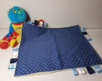 Taggie. Taggies. Taggie blanket. Sensory blanket. Baby comforter. Comfort blanket. Baby shower gift. Taggy.