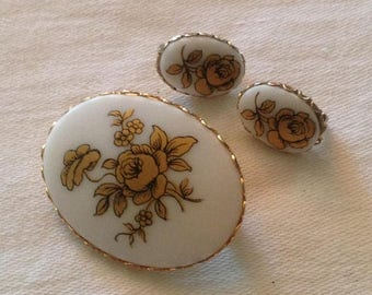 On Sale Vintage Porcelain Flower Pin and Earrings