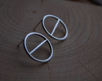 Silver Horizontal Split Circle Geometric Studs / Earrings