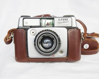 Ilford Sportsman 4 Rangefinder Camera with MEDIS Rangefinder both with Leather Cases