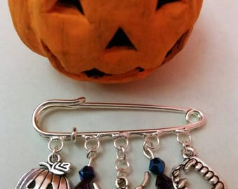 Halloween themed silver plated brooch