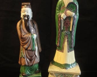 """Two Chinese """"famille Verte"""" figures of scribes"""