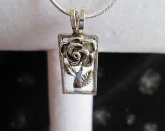 """Silver Rose Pendant on a Silver Plated 18"""" Snake Chain"""