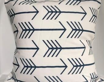 SALE Pillow covers Blue and white Arrow Pillow cases,  blue pillow, geometric pillow, Decorative Pillows 18x18, 16X16, 14x14, 12x12, 10x10