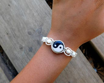 YIN YANG DUALITY 100% All Natural Hemp Slide Knot Bracelet