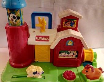 Vintage  1989 Playskool Activity Farm (Everything Still Works)
