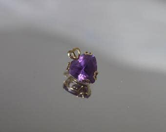 14k - .1.00 ct - Heart Shaped Amethyst Pendant Charm with Love You around Bezel in Yellow Gold