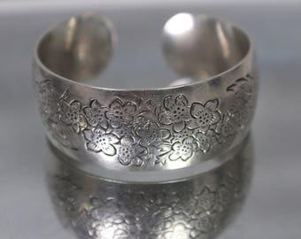 925 - S Kirk & Son Larkspur Cuff Bangle Bracelet in Sterling Silver