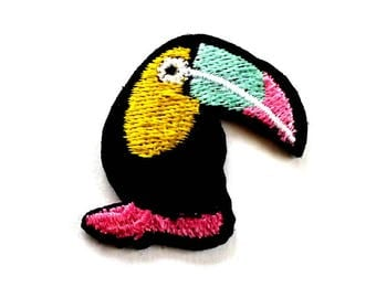 Small Toucan Patch, Toucan Iron on Patch, Toucan Embroidered Iron on Patch, Toucan Appliqué - H1277