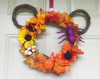 Halloween mickey wreath