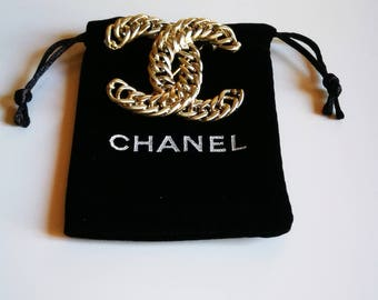 Authentic brooch CHANEL Vintage Haute Couture Made in France