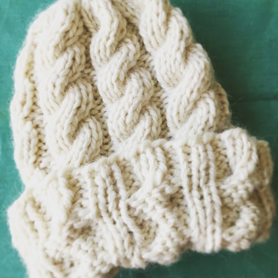 Extra Bulky Cable Knit Warm Winter Hat