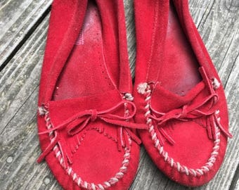Red leather Minnetonka Moccasins women's 8.5