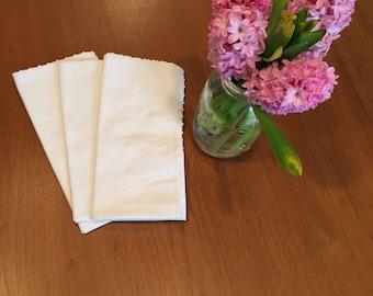 Vintage napkins, white with picot hemstitched border, set of 3