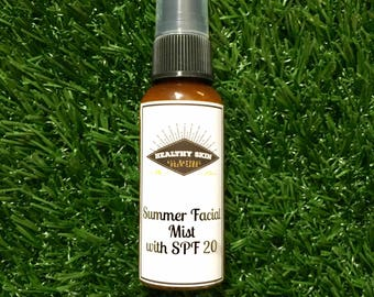 2oz SPF FACIAL MIST non toxic sunscreen with organic aloe . Has a natural beachy smell :-) absolutely no fake fragrance