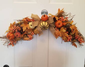 Fall wreath/ autumn wreath/ door wreath/front door wreath ready/ housewarming wreath/ housewarming gift/ holiday wreath F17