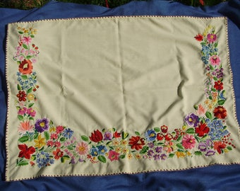 Large,Vintage,Hungarian handembroidered curtain,wall decor,tablecloth ,Kalocsa flower pattern,Cottage/Shabby Chic