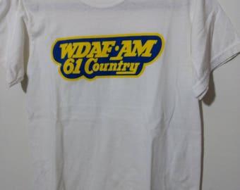 Vintage T-Shirt S WDAF AM 61 Country Gildan Heavy Weight Kansas City Radio Station