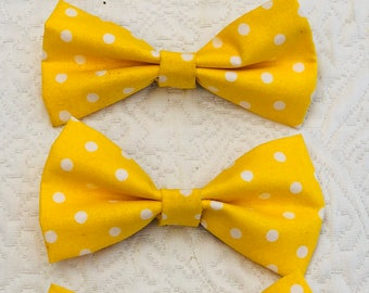 Over the collar pet bow tie - Spring color, yellow with white polka dots