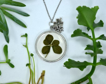 Genuine 5 Leaf Clover Necklace [AC 003] / Stainless Steel Chain / Lucky White Clover Pendant / Triforium Repens Gift / Good Luck