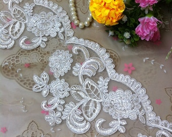 Vintage White Embroidery Flower Lace Trim 4.72 Inches Wide 1 Yard/ Craft Supplies, WL1759