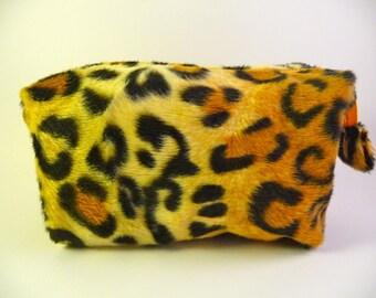 Makeup Kit faux fur leopard