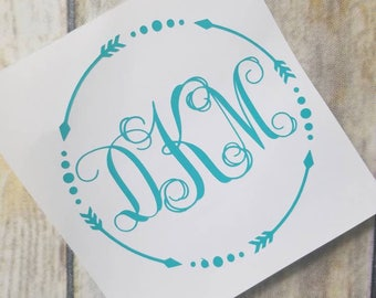 Arrow Framed Monogram Decal, Arrow Decal with Initials, Round Initials Decal, Personalized Decal, Arrows with Initials, Monogram Sticker