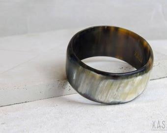 Horn cuff bracelet 3.5cm wide multiple colors