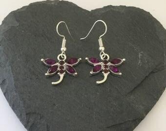 Purple dragonfly earrings / dragonfly earrings / dragonfly jewellery / animal earrings / animal jewellery / animal lover gift