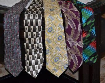 20% off Lot of 5 Vintage Mens Neck Tie Neckties, International Textiles, Colours by Alexander Julian, Alfani, Foreman & Clark