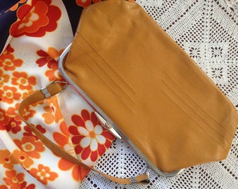 Bright mustard vintage fax leather hand bag 60s 70s USSR