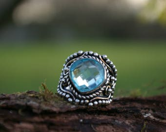 Blue Topaz ring size 53 or 6.5 US