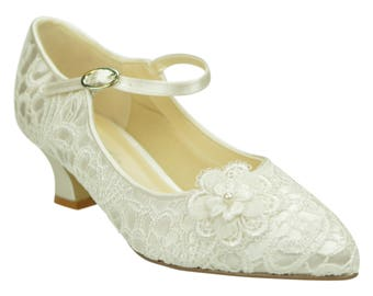 Low Heel Ivory Lace Vintage Inspired Mary Jane Wedding Bridal Shoes