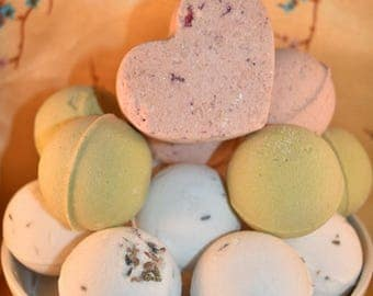Natural Gentle to Your Skin Bath Bombs