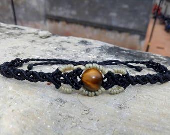 Macrame bracelet in black with genuine Tiger's eye