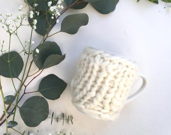 Knitted White Cup Warmer,Knitted Cup Cozy,Coffee Sleeve,Wool Cup Cozy,Mug Warmer,Merino Wool,Cup Cover,Hand Knitted,Gift,White Wool Cup