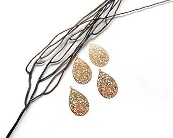 4 pendants 30 mm gilt metal filigree print