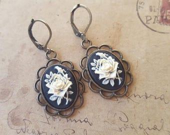 Roses gems earrings ~ bronze ~.