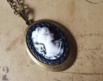 Woman's head-gems chain No.. 2 ~ bronze ~.