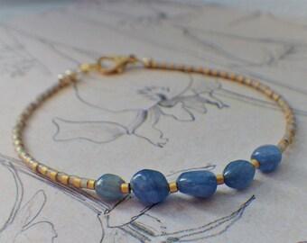 Bracelet Blue Gemstone nuggets & 24kt gold plated Miyuki