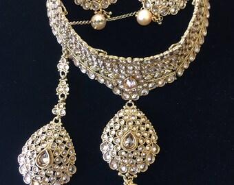 Gorgeous Polki stones choker necklace set