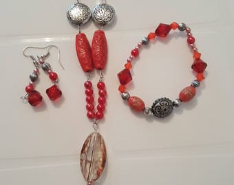 Red beaded jewellery set