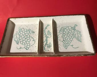 Bell of California Pottery USA #711 Divided Relish Tray Turquoise detail with Gold Spatter and Edges