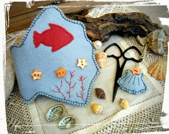 Shell needle book