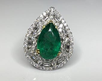 Estate 18K White Gold 8.48 CTW Emerald & Diamond Ring Size 6.5